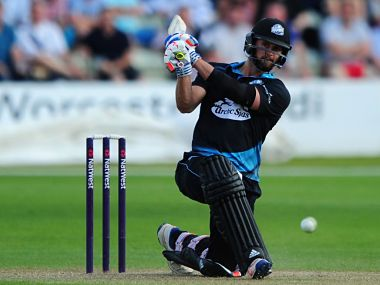 NatWest T20 Blast: Worcestershires Ross Whiteley hits 6 sixes in an over against Yorkshire
