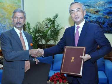 File image of Foreign Secretary S Jaishankar and Japanese Ambassador Kenji Hiramatsu. Twitter/MEAIndia