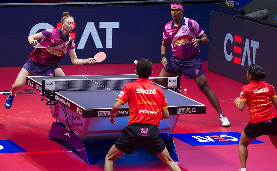 Sofia Polcanova & Sharath Kamal defeated the pair of Li Ping & Mouma Das 2-1 in their mixed doubles match. Image Courtesy: Facebook/UltimateTableTennis