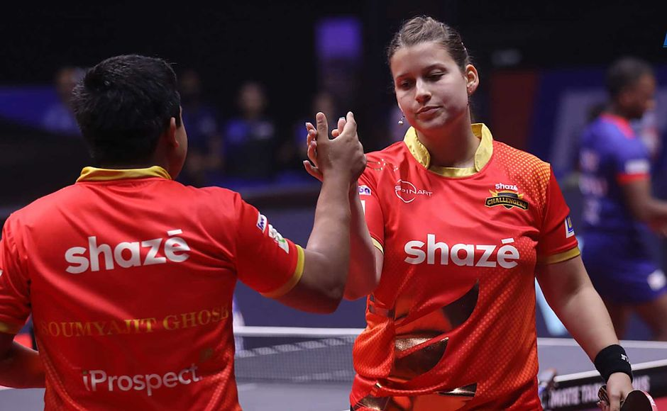 But Soumyajit Ghosh and Petrissa Solja came back to win the match 2-1. Image courtesy: Facebook/ @UltimateTableTennis