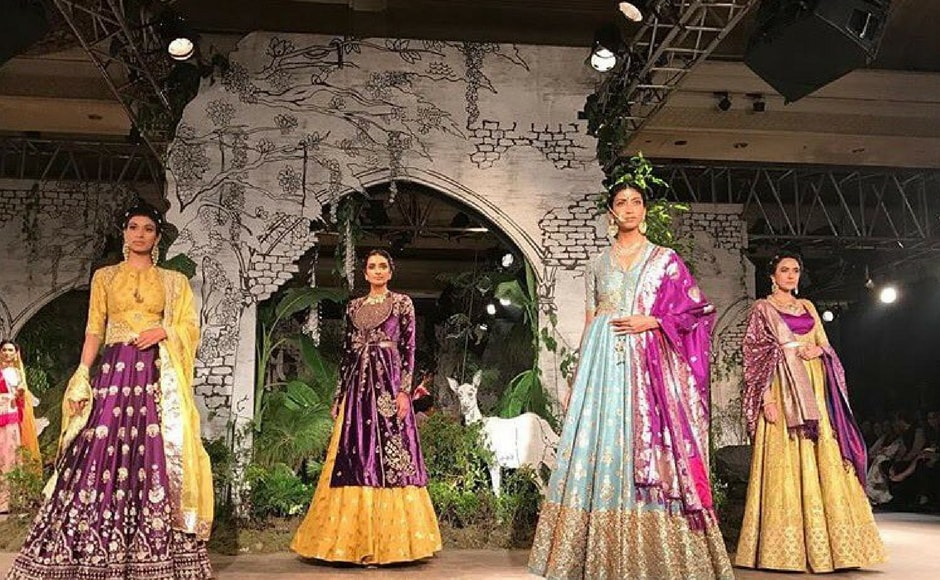 The collection Sunheri Kothi is named after the magnificent palace of the same name in the city of Tonk, Rajasthan. Image via FDCI/twitter.