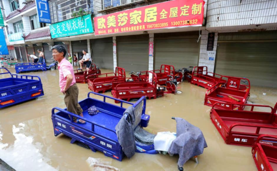 The ministry and China National Commission for Disaster Reduction have sent teams and materials to assist disaster-hit areas in Zhejiang, Jiangxi, Hunan and Guizhou. AP