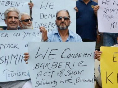 Amarnath Yatra attack: Kashmiris protest in Srinagar; tour agents, hotels to stop work tomorrow