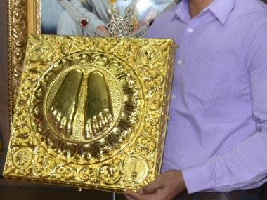 The gold paduka worth Rs 60 lakhs donated by Sandhya Gupta from Agra. PTI