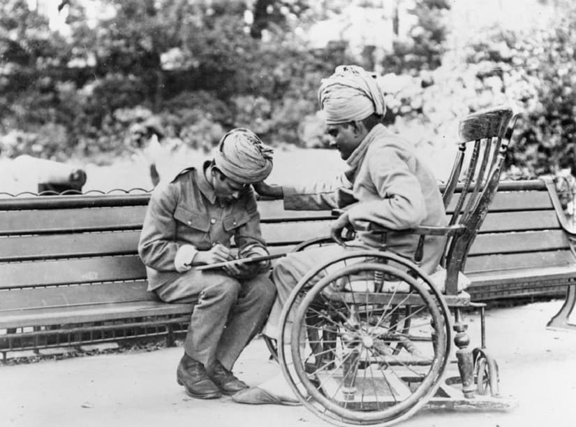 Wounded Indian soldiers recuperating at the Royal Pavilion in Brighton, August 1915 Photo credit: Imperial War Museum