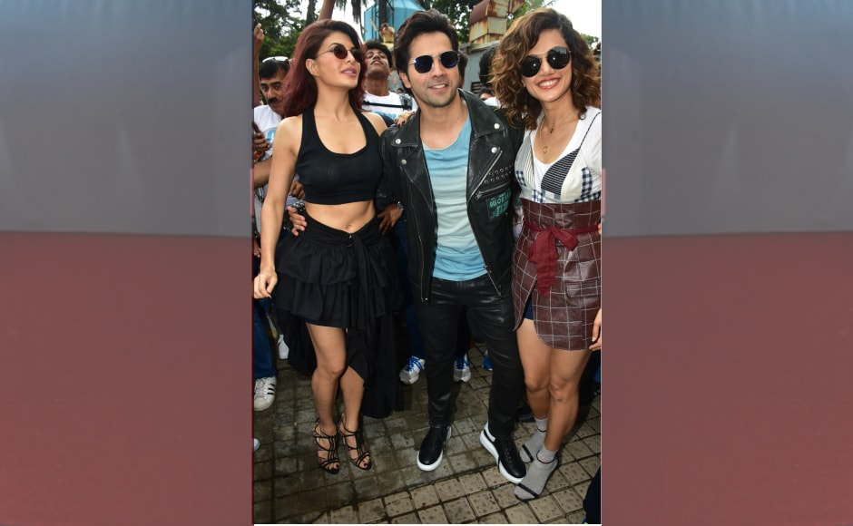The film will have the 90's blockbuster songs 'Oonchi hai Building' and 'Tan Tana Tan' rehashed by Anu Malik. Another song from the original titled 'Tu Mere Dil Mein Bas Ja' has beenshot in Mauritius for Judwaa 2.