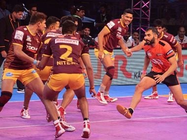 U Mumba captain Anup Kumar in action. Image Courtesy: PKL official website