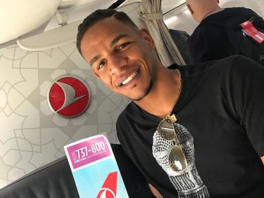 Manchester City's Fernando on his way to Istanbul to join the club. Image courtesy: Twitter @Galatasaray