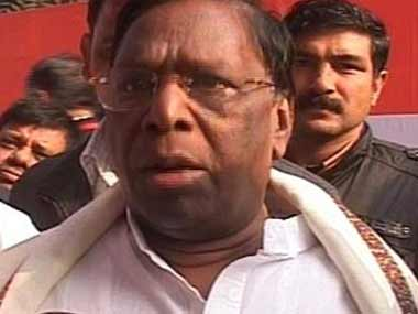 Cyclone Ockhi: Puducherry CM V Narayanasamy visits fishermen rescued off Lakshadweep coast