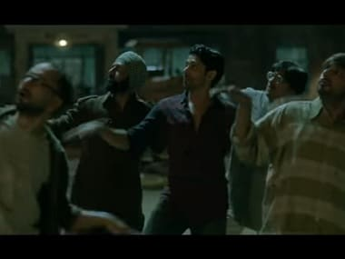 lucknow central 380