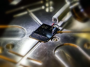 Researchers develop heat conducting plastic that could lead to lighter electronics