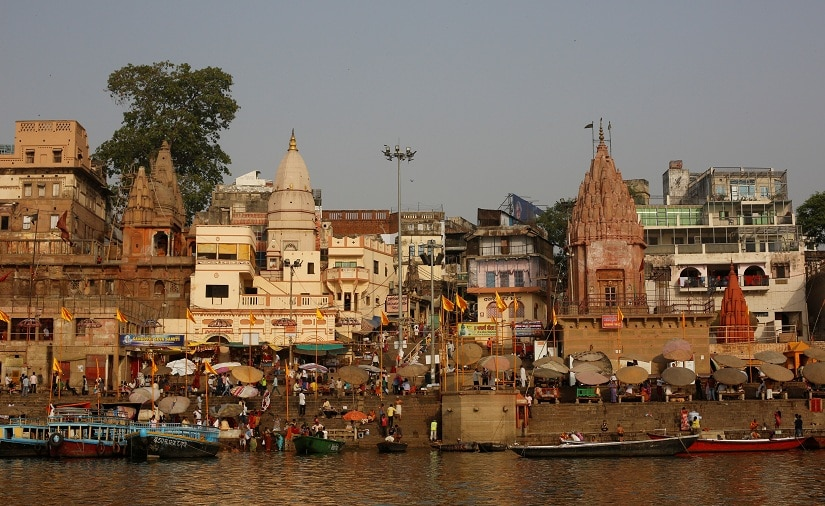 "Temples and residential buildings are seen on the banks of the river Ganges in Varanasi, India, April 8, 2017. REUTERS/Danish Siddiqui SEARCH ""SIDDIQUI GANGES"" FOR THIS STORY. SEARCH ""WIDER IMAGE"" FOR ALL STORIES. - RTX3ASD1"