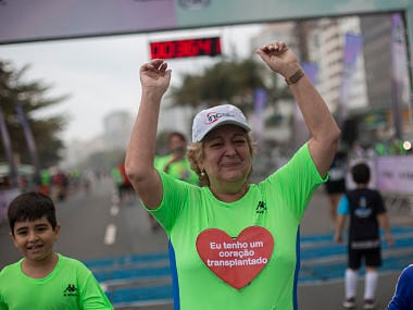 Brazilian with transplanted heart from German Olympian participates in road race in Rio de Janeiro