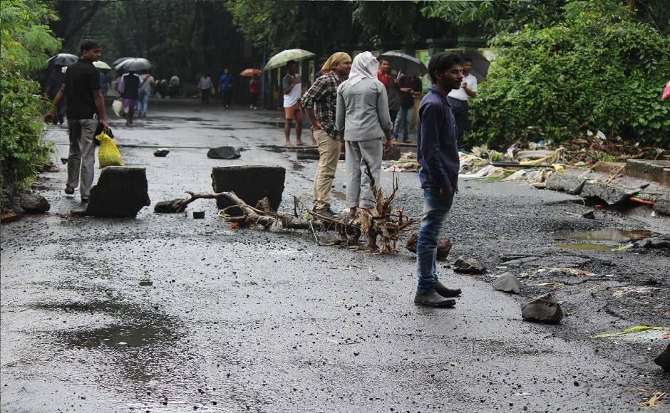 The municipal body was on its toes, in view of the warnings issued about the inclement weather. At least 35,000 BMC officials have been deployed across the city to ensure that public services can function normally despite Wednesday's torrential rainfal. Firstpost/ Suraj Prasad