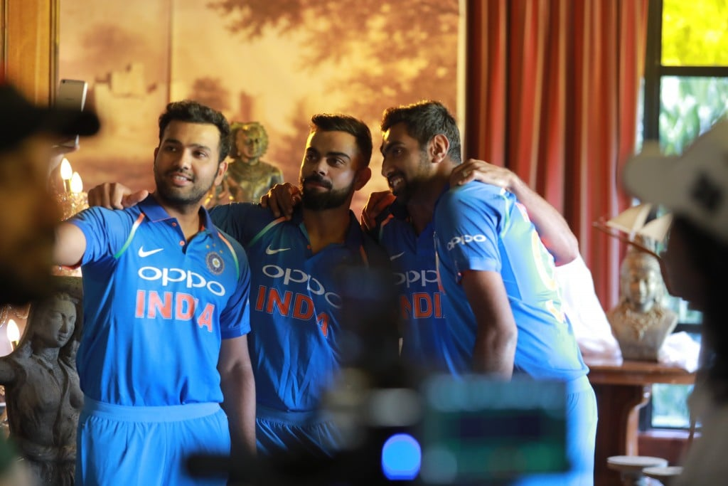 This is how the heroes of Indian cricket show us the way out of darkness