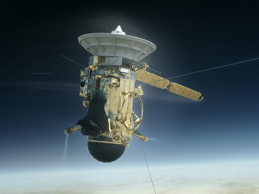 NASAs Cassini mission beams back final images before diving into the Saturnian atmosphere