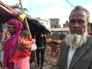 A Rohingya Muslim and his family in Jammu. Image courtesy: Safeena Wani