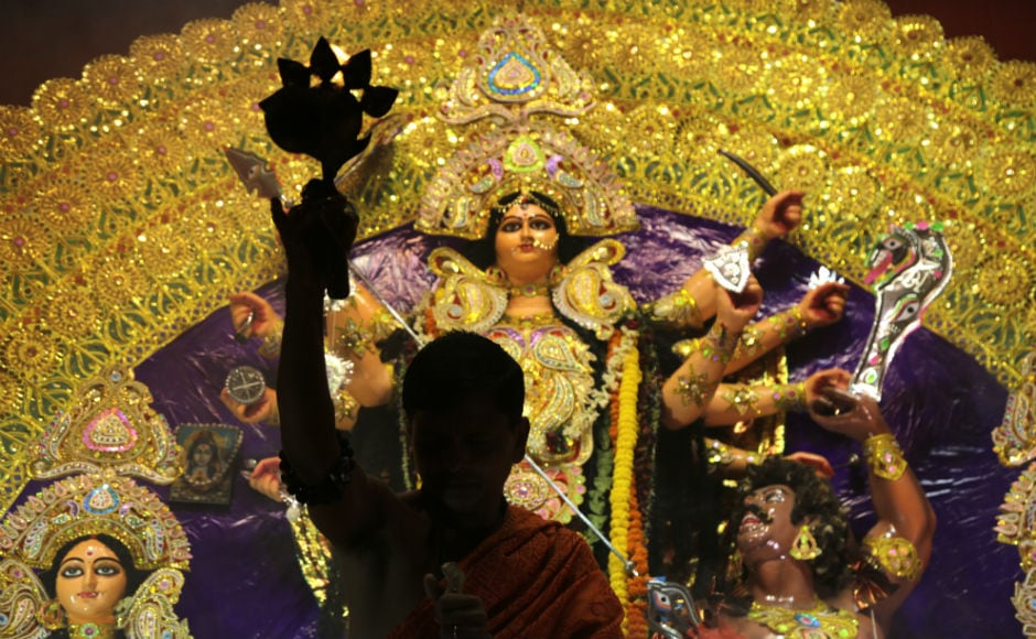 Festivities commenced with full fervour across West Bengal from Wednesday on 'Mahasaptami', marking the beginning of the worship of Goddess Durga on her four-day sojourn to her maternal abode. AP