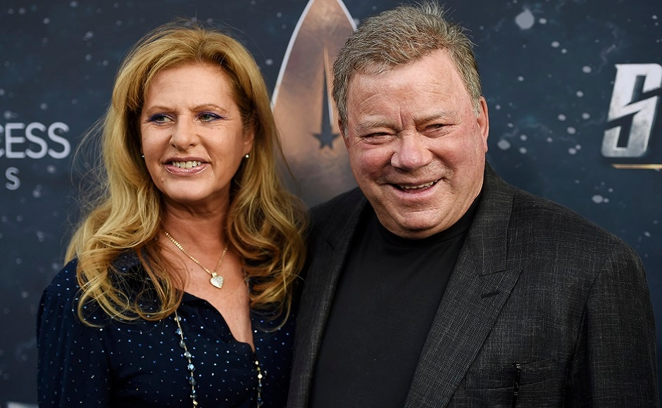 William Shatner, a cast member in the original television series Star Trek, poses with his wife Elizabeth at the premiere of the new television series Star Trek: Discovery on Tuesday, 19 September, 2017, in Los Angeles. Photo courtesy: Chris Pizzello/Invision/AP
