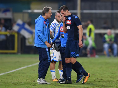 Serie A: Napoli striker Arkadiusz Milik ruled out for at least four months with ligament tear