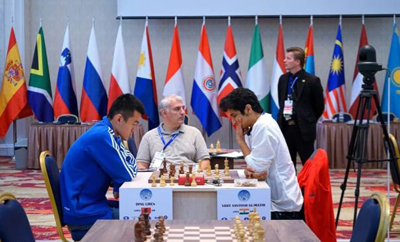 Vidit Gujrathi (R) had a winning position in the first classical game against Ding Liren, which later ended in a draw. Amruta Mokal