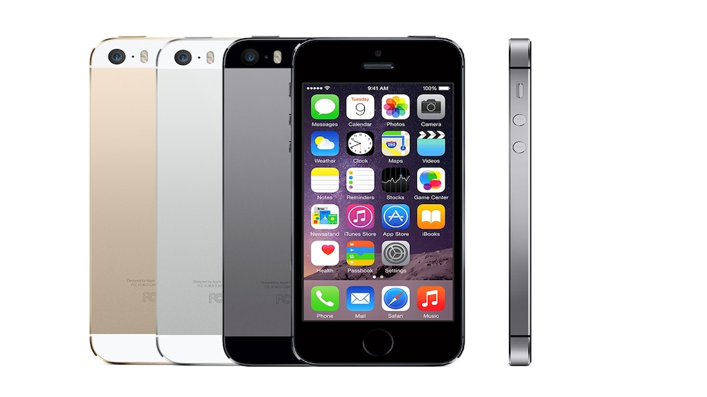 Apple introduced iPhone 5S in September 2013 as an evolutionary upgrade over iPhone 5. The company kept the design similar to the 5. Image: Apple