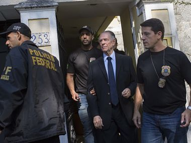 Rio Olympic Games committee chief Carlos Nuzman resigns after arrest on corruption charges
