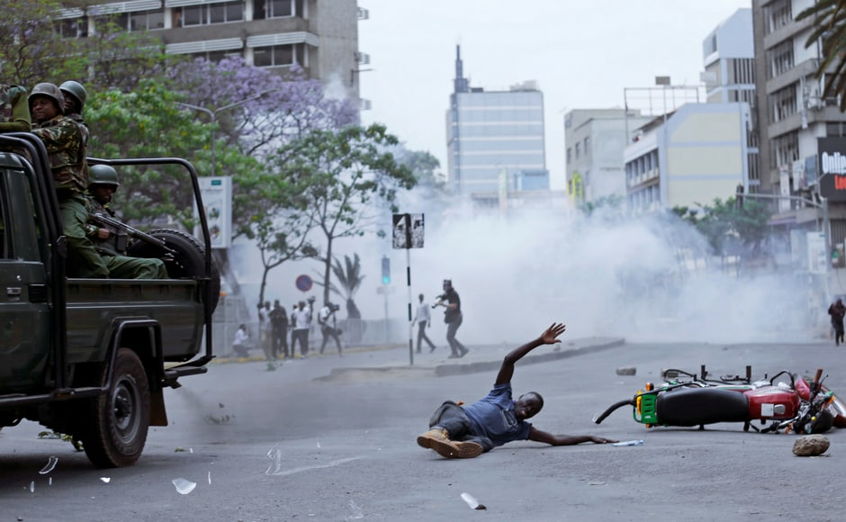 A day after Kenya's presidential candidate Raila Odinga withdrew from the presidential election, violence broke out on the streets in Nairobi and other parts of the country. Reuters