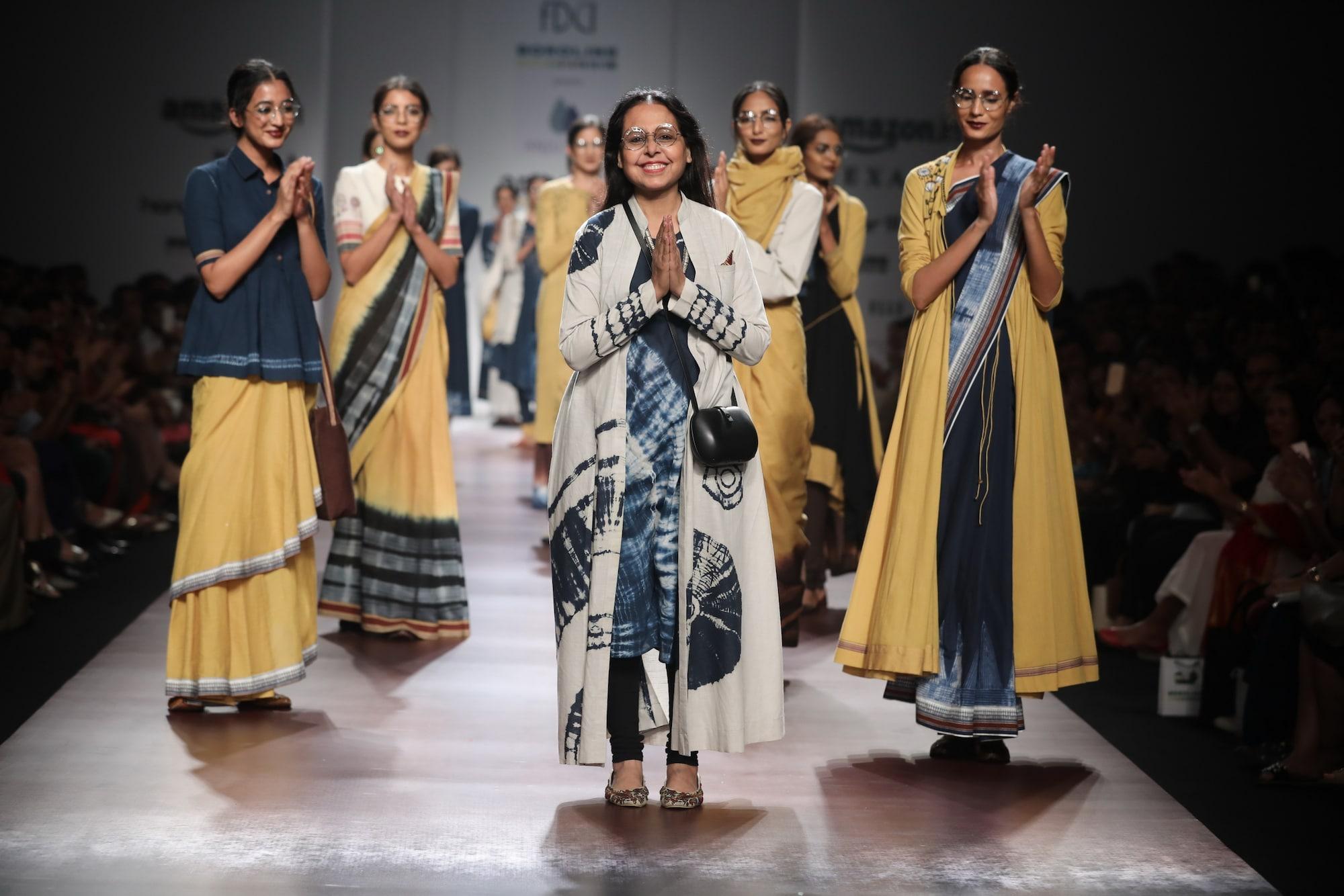 Amazon India Fashion Week 2018 Anju Modi Shivan Narresh Present Spring Summer Collections Photos News Firstpost