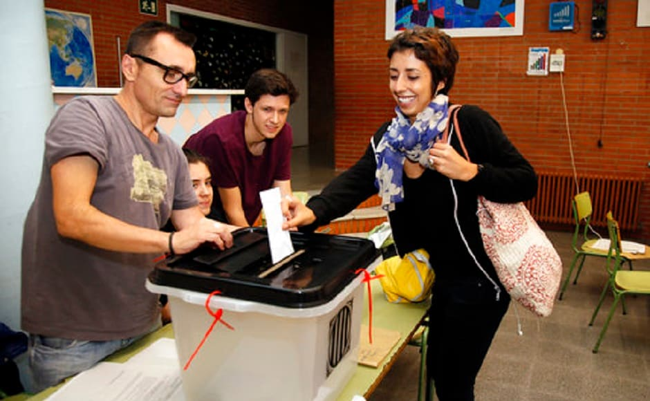 The ballot papers contain just one question, Do you want Catalonia to become an independent state in the form of a republic? There were two boxes with Yes or No. AP