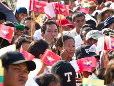 Amid Rohingya crisis, Myanmar army supporters, Buddhist nationalists march in Yangon in show of support