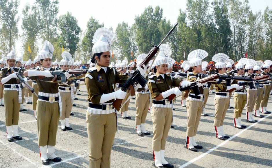 In Srinagar, the Jammu and Kashmir women police personnel paid tributes to police martyrs on this occassion. 21 October is observed as Police Commemoration Day to pay homage to 10 policemen who were killed in firing by Chinese troops in 1959. PTI