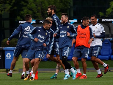 Football Soccer - Argentina's national soccer team training - World Cup 2018 Qualifiers - Buenos Aires, Argentina - October 3, 2017 - Argentina's players attend a training session ahead of their match against Peru. REUTERS/Martin Acosta - RC1D1DDCFE30