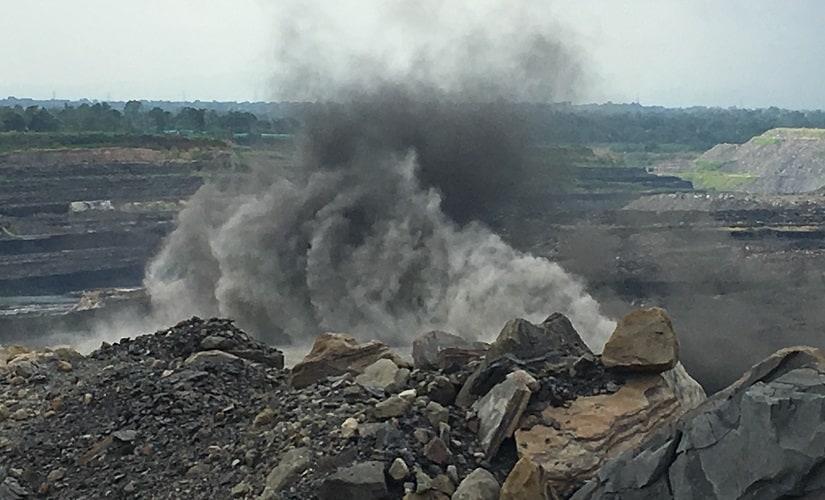 Tamnar coal mines in Raigarh, Chattisgarh. Shantanu Guha Ray/Firstpost