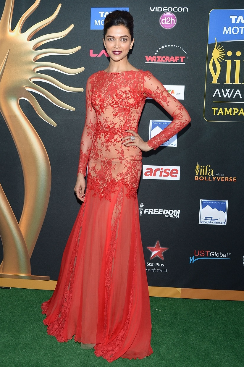 Deepika Padukone at the 2017 IIFA Awards. Image from Getty Images.