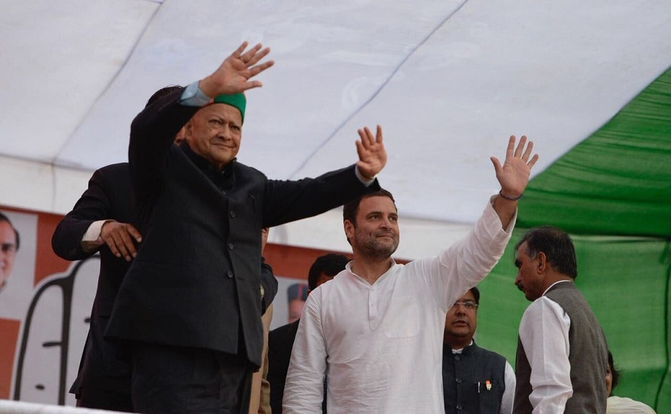 Rahul and Himachal Pradesh chief minister Virbhadra Singh held the 'Vikas se Vijay' rally at Gandhi Ground in Nagrota. Rahul praised Singh's dedication to the party and the hill state. Twitter/@INCIndia