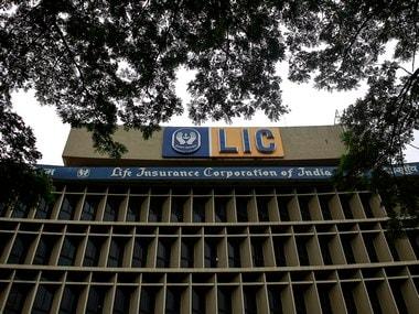LIC warns policyholders against sharing Aadhaar number through SMS; clarifies that it has not begun the facility to link Aadhaar