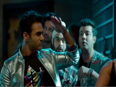 Fukrey Returns song 'Mehbooba' is a cringe-worthy version of Mohd Rafi's classic