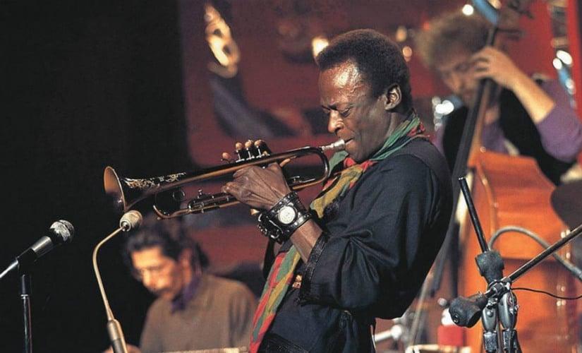 "Miles Davis ""Milestones"" 1958. Twitter/@TheJazzSoul"