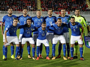 Soccer Football - 2018 World Cup Qualifications - Europe - Albania vs Italy - Loro Borici Stadium, Shkoder, Albania - October 9, 2017 Italy pose for a team group photo before the match REUTERS/Max Rossi - RC1BF03471D0