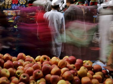 Himachal farmers start growing pomegranate and cabbage, as apple line recedes due to climate change