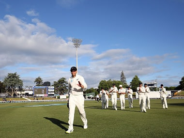 Ross Taylor of New Zealand leads the team off the field during day three of the second Test cricket match between New Zealand and the West Indies at Seddon Park in Hamilton on December 11, 2017 / AFP PHOTO / MICHAEL BRADLEY