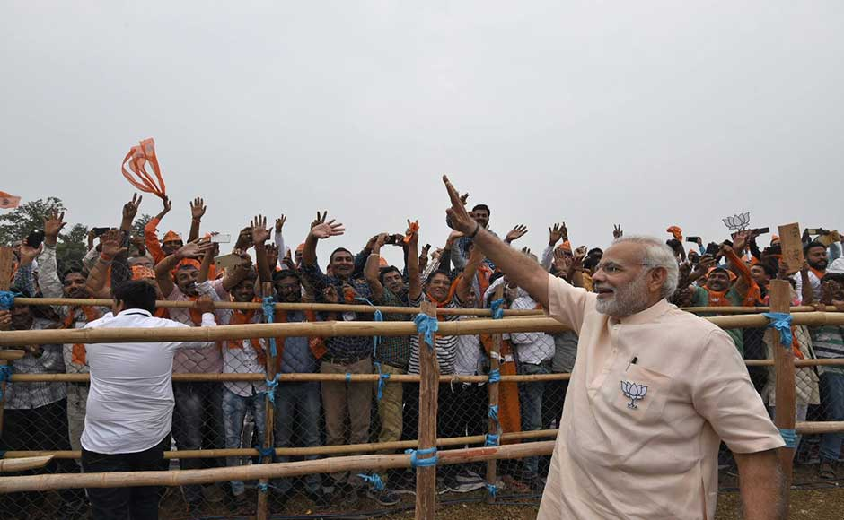 Urging the gathered crowd to vote for BJP, Modi said,
