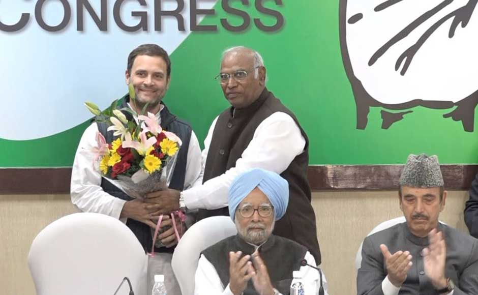 Media reports also believe that an organisational revamp may occur in Congress. Rahul is likely to include young faces in the party top ranks and bring in new faces from the youth wing of the party, of which he has been a president since long. Rahul Gandhi welcomed by Mallikarjun Kharge at the CWC meet. Firstpost/Debobrat Ghose