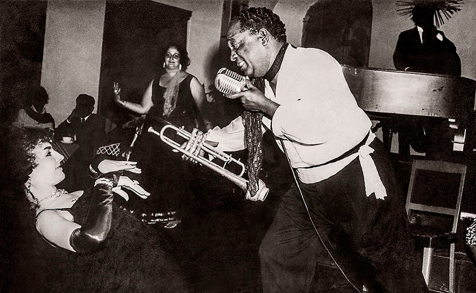 Chic Chocolate performing with cabaret artist Maria Elena at a Blues theme night at the Savoy Hotel. Mussoorie, 1964. Photo courtesy: Chic Chocolate Family, Serendepity Arts Festival