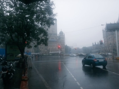 IMD forecasts light rain in Mumbai in next 48 hours due to low pressure system in Arabian Sea