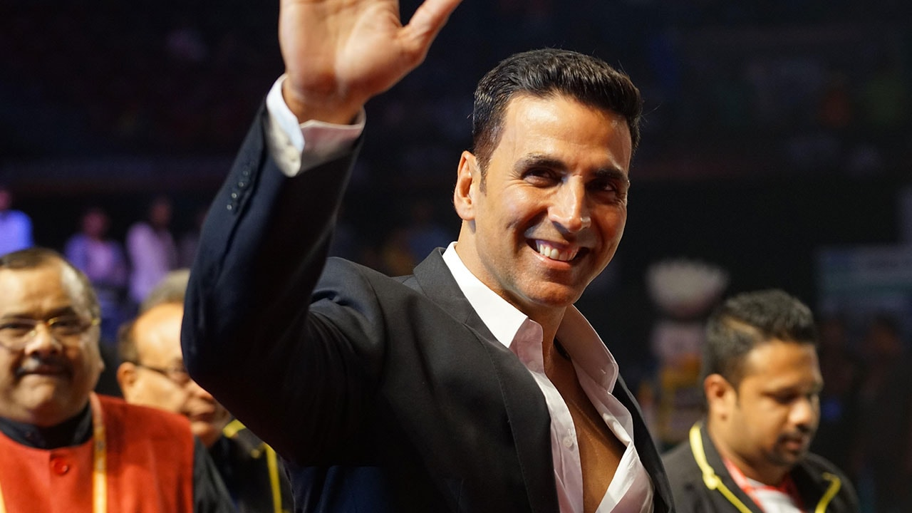 Akshay Kumar fan from Haryana arrested for allegedly trespassing into actors Juhu residence