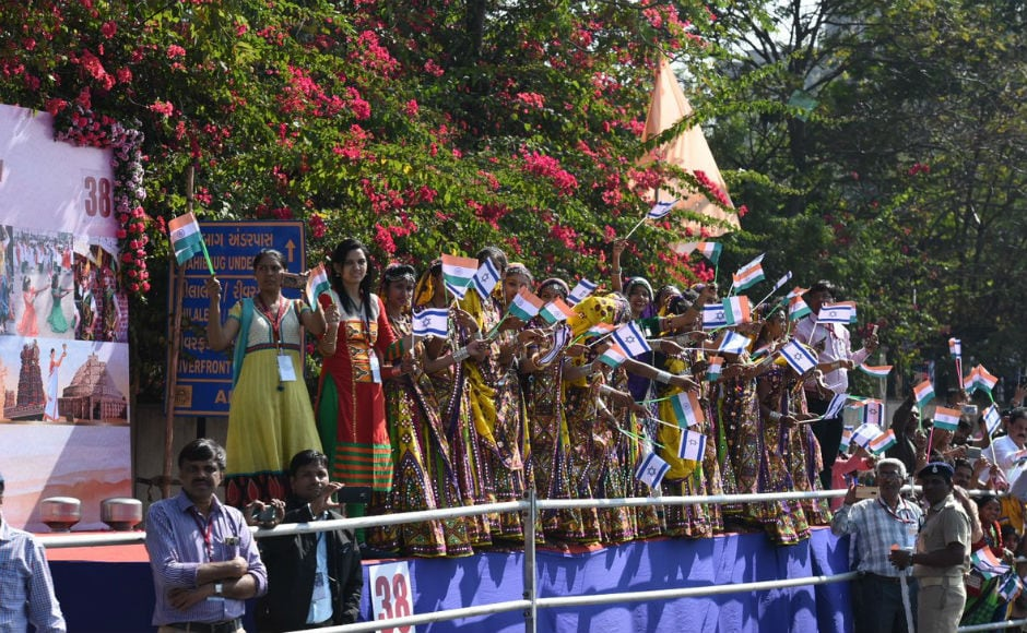 As the cavalcade with the two prime ministers proceeded, crowds waved Indian and Israeli flags. Over 50 stages were set up along the route of the cavalcade for cultural displays and performances. Twitter @PMOIndia
