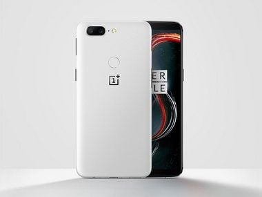 The Limited Edition OnePlus 5T Sandstone White. Image: OnePlus