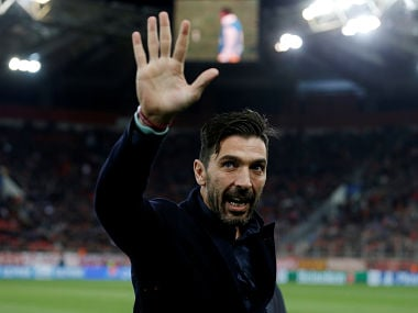 Soccer Football - Champions League - Olympiacos vs Juventus - Karaiskakis Stadium, Piraeus, Greece - December 5, 2017 Juventus' Gianluigi Buffon before the match REUTERS/Alkis Konstantinidis - RC124D5C96D0